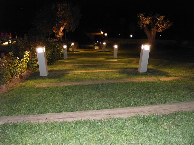 iluminacion jardines pequenos dise os arquitect nicos